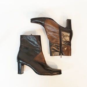 Liz Claiborne Flex Ankle Boots 8M Leather Upper